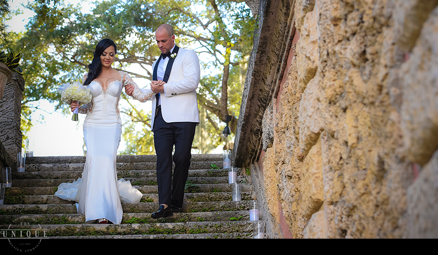 MIAMI WEDDING PHOTOGRAPHY-WEDDING PHOTOGRAPHER-VIZCAYA-BRIDE-GROOM-ENGAGED-31