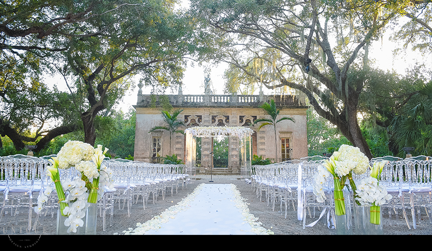 MIAMI WEDDING PHOTOGRAPHY-WEDDING PHOTOGRAPHER-VIZCAYA-BRIDE-GROOM-ENGAGED-40